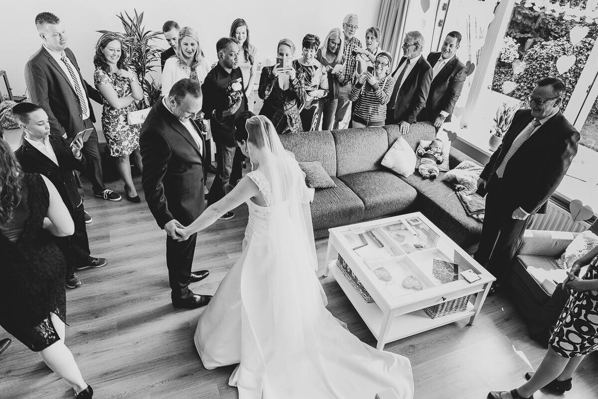 https://www.henrysphotodesign.nl/wp-content/uploads/2021/01/trouwreportage.jpg
